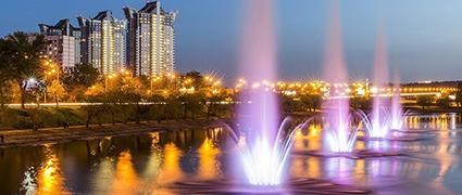 Вечерний сплав по Киеву - Русановские фонтаны